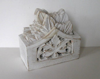 Shabby vintage white leaf Coasters and Caddy, Distressed wood, Home Decor, Bar ware, gift idea