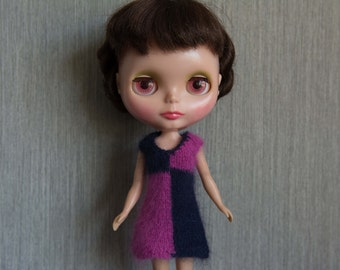Blythe doll sized pink and navy blue mod chequered angora dress.  Neo Blythe Licca Pullip