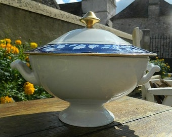 """French Vintage """"tureen"""""""