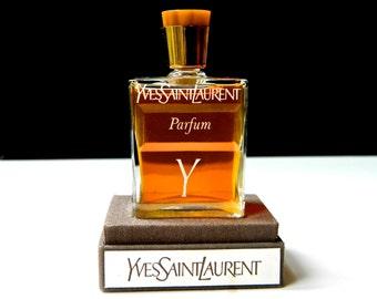 Vintage Y Pure Perfume Yves Saint Laurent YSL 1 oz 30ml Bakelite Top Very Hard to Find Partial Presentation Case