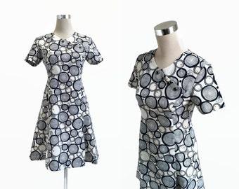 1960's Mini Dress - Mod Retro - 60's Vintage Dress - Blue Black Circles Dress