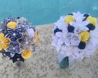 Paper Flower Bouquet // Paper Bridal Bouquet, Kusudama, Origami Bouquet, Flower Arrangement, Wedding, paper flowers