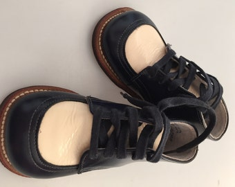 1950s Vintage, High Top Shoes, Baby Shoes, Toddler Shoes, Baby Boots, Patent leather, Movie Prop,NOS, Never Worn, Leather Soles, Size 4EE