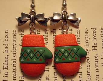 Red and Green Mitten Earrings