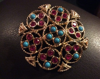 Vintage Signed Sarah Coventry Costume Jewelry Brooch Pin