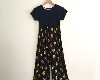 Vintage Sunflower Print Palazzo Pants Jumpsuit // Black & Yellow Novelty Print Onesie // Wide Legged // 90s