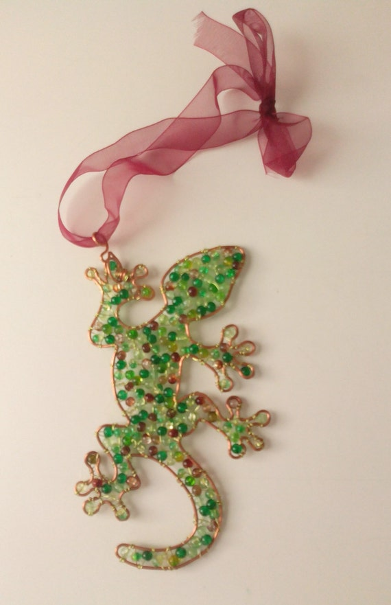 Gekko, lizard copper wire hanging decoration with glass beads
