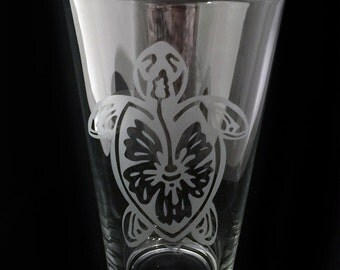 Hibiscus Sea Turtle Design Pint Beer Glass Etched Barware