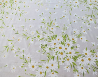 Vintage Sheet - White Daisies - Full or Double Flat Sheet