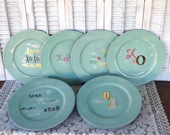 XOXO Valentine Charger Plates- Set of 12 Valentine's Day Tablescape - Mint Valentine Table Ware