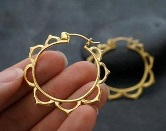 Silver Hoop earrings - lotus hoops medium - 18k gold