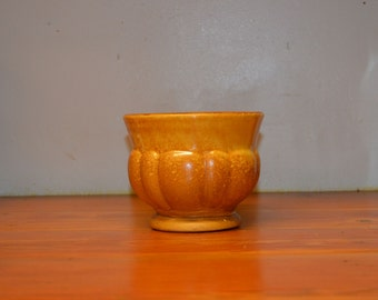 Vintage Haeger pottery planter flower pot orange sponge drip glaze