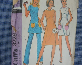 vintage 1970s McCalls sewing pattern 3228 misses dress or tunic and pants size 14 1/2