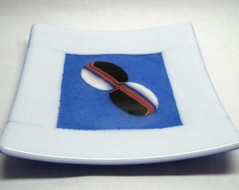 Fused Glass Plate - Blue & White w. Inlays - CIG2334