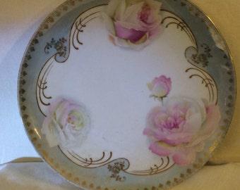 Beautiful roses cabinet plate