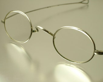 Antique/ estate, Victorian white metal frame, wig, reading glass/ spectacles