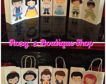 Princess birthday party favor bags, Birthday goody bags, Bolsas para dulces de princesas.