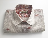 Mens shirt grey  paisley and floral print on white base separate detailing inside collar Short sleeves. VERY light weight  100% cotton