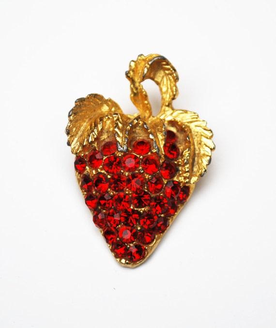 Red Strawberry Brooch - Rhinestone - gold -fruit pin