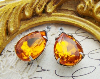 Vintage Swarovski Rhinestone Amber Topaz Faceted 15x11mm Teardrop Glass Stones in Brass, Silver Ox, Antique Brass Settings – 2