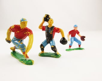 Fifteen Baseball Players Come Out of Storage - Joe Garagiola Lovers - Hand Painted in Hong Kong - Memorabilia