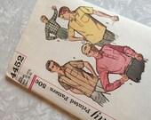 Simplicity Pattern 4452 1960s Mens Sport Shirts Size Medium Neck 15-15.5 Chest 38-40 Uncut