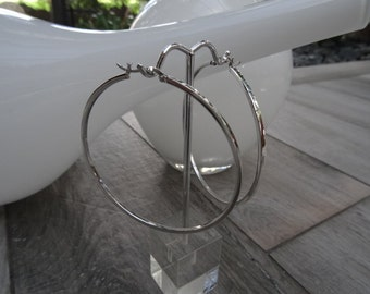 Large hoop earrings. Sterling silver. Light weight.