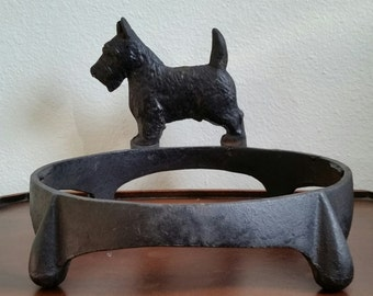 Hubley Cast Iron Scottish Terrier Bowl Holder