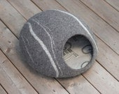 ECO Natural colors felted cat cave /cat bed /cat cave /cat house (With GIFT pad)