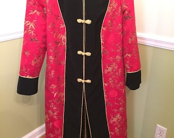 CARAMIA KIMONO RED and Black with Gold Trim and Closures Size Large Women's Gorgeous Jacket Hollywood Regency