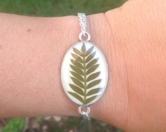Nature inspired jewelry, Leaf bracelet, Nature jewelry, resin jewelry, terrarium jewelry, nature bracelet, Real leaf jewelry, pressed leaves