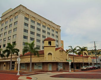 The Hotel Indigo of Fort Myers (FREE shipping in the U.S. only)