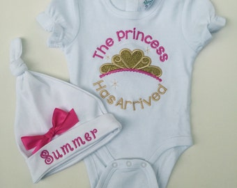 Take home outfit-Personalized Baby Girls Bodysuit, Monogrammed hat-baby Girl take home outfit- So sweet.
