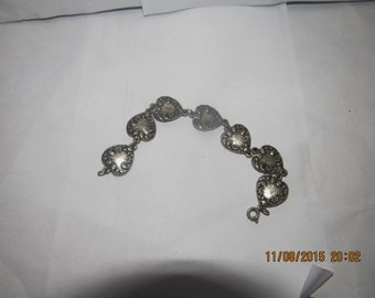 Silver Colored Metal Heart Shaped Charms Costume Jewelry Bracelet