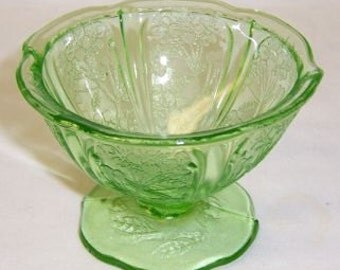 Jeannette Depression Glass Green CHERRY BLOSSOM 2 3/4 Inch Footed Sherbet Dish