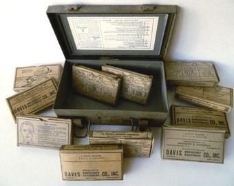 Army First Aid Kit - Davis Emergency Equipment Co. - US Military Medic - Medical Militaria
