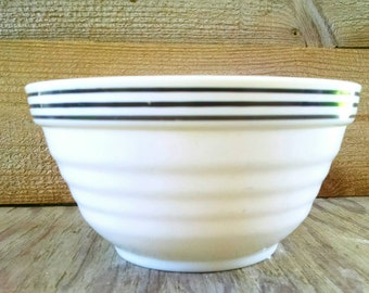 """Vintage Fire King Bowl Anchor Hocking Mixing Vitrock Ivory Black Trimmed Banded Beehive 7"""" 1934"""