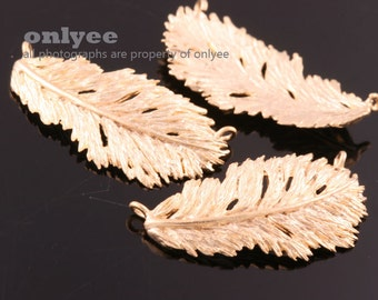 2pcs-30.5mmX16mm Matt Gold plated over Brass Nature delicate leaf,Feather Connector(K882G)