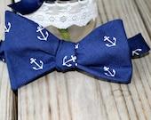 Navy anchors bow tie