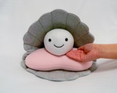 Large oyster pearl plush pillow toy