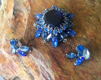 Stunning Royal Blue Brooch and Clip Earrings, Light Blue and Royal Blue deep set jewels, Prong Set, 1960's, Hollywood Regency