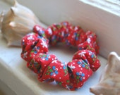 Red Floral Scrunchie - Vintage Fabric Handmade Hair Tie Scrunchy Elastic Bracelet Accessory