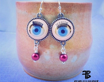 Eyeball Earrings, Your Choice of Pearls, Halloween Earrings, Eyeballs with Eyelashes, Creepy Earrings, Halloween Jewelry, Halloween Costume