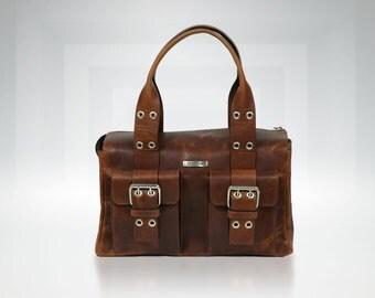 Handcrafted Waxed Leather Handbag • Judia