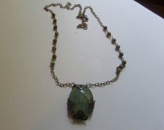 Green Jade and Ryolite Bead Necklace