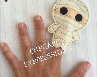 Little Mummy - Finger Puppet, Quiet Time Play Toy - Imaginative Play - Fall, Halloween Egypt