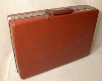 Vintage Red Oxblood Samsonite Briefcase Locking with Key Attache Case Executive Bond 007 Shabby Condition