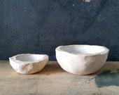 set of 2 bowls (dia.7 and 10 cm)
