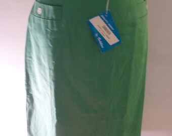 50's Skirt 100% Emerald Green Cotton Career Girl Style Front Pockets Back Metal Zipper Made by Sorrento in USA Dead Stock Size 10