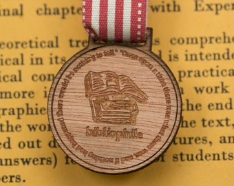 Bibliophile Medal for Modern Achievements ~gift for book lover, book worm, avid reader, English teacher, reading, medal / brooch / badge